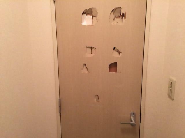 木製ドアbefore